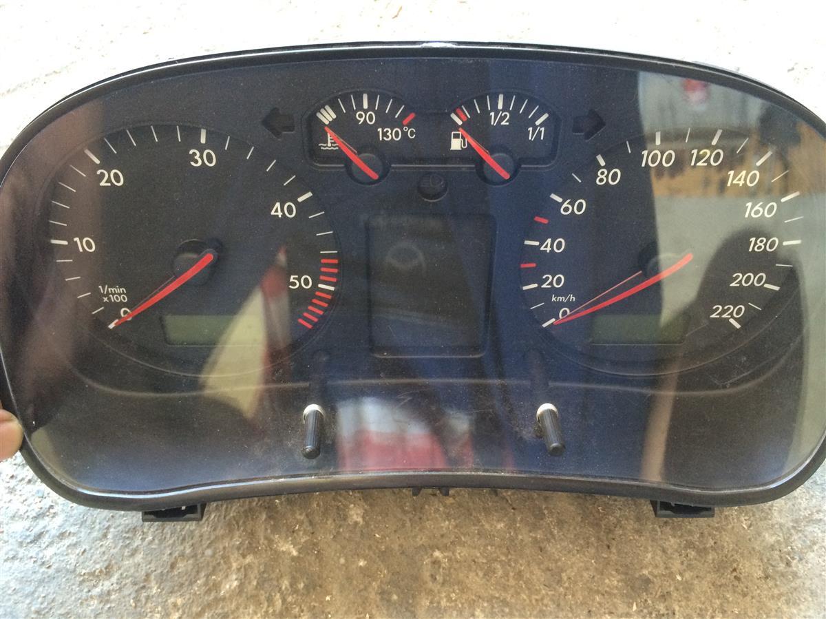 stiluri proaspete noua versiune prezentarea Ceasuri Bord Maxidot pentru VW Golf 4 1.9 TDI-Piesa Originala din  Dezmembrari